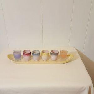 Tray with 4 cups & 2 candles